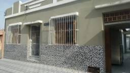 Casa Areal, próximo ao Foro, Rua Vitor Russomano, 142