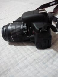 Máquina fotográfica T6i   Não aceitamos proposta indecente ou qualquer outra!