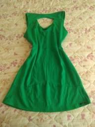 vestido de alça verde