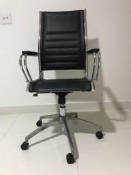 Cadeira presidente inox e couro