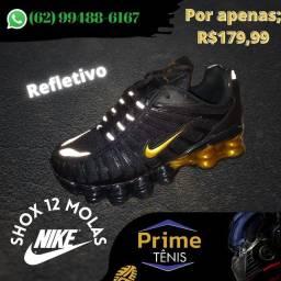 Nike Shox 12 molas refletivo (preto/dourado)