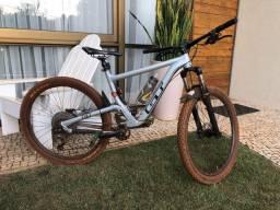 Bike GT Helion