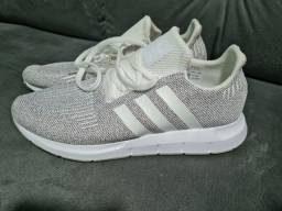 Tênis Adidas Swift Run TAM 43