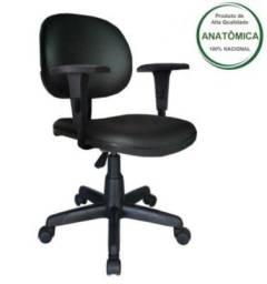Cadeira de escritório nova na caixa - montagem fácil