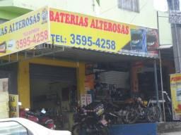 Lote com 02 lojas comerciais na Av. das Acacias + um Apto 3Qts + barracao nos fundos