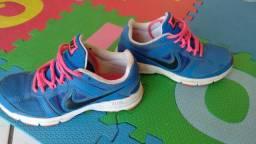 Nike tenis feminino