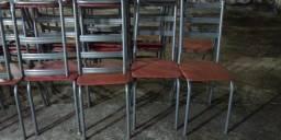 Cadeiras no precinho