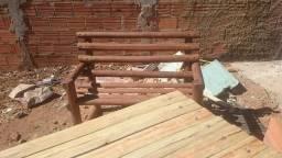 Mesa de madeira pura rústica
