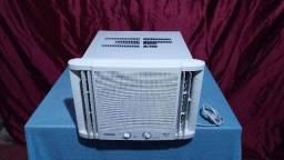 Ar condicionado, Quente e Frio, 7.500 btu, novinho