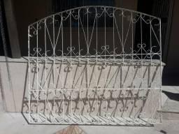 Grade de ferro para janelas, 1.52 de altura x 1.70 de largura