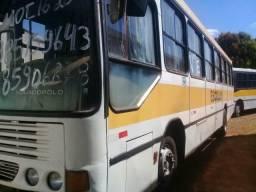 Vendo van e ônibus - 2001