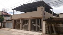 Casa Bairro Amaro Lanari, Cód. A083. 3 qts/suíte, 184 m², 3 vgs de garagem. Valor 400 mil