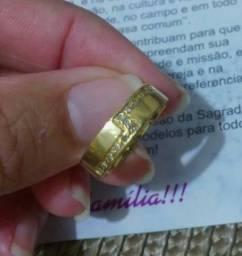 Anel de noivado ouro 18k com 13 pedras brilhante