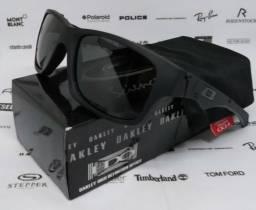 278646935d404 Óculos Oakley Jupiter Squared Preto 100% Polarizado Novo