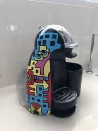 Cafeteira elétrica Dolce Gusto