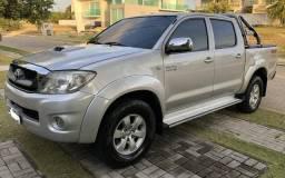 Particular Vende Hilux CD 4x4 SRV Diesel Blindado - 2011