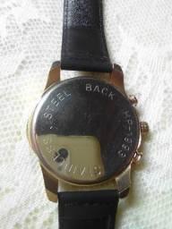 Relógio para vender muito bom novo