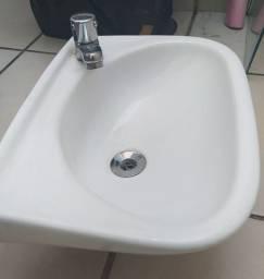 Pia Deca para banheiro