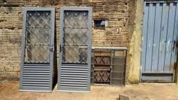 2 Portas e 1 Janela