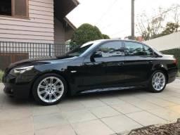 BMW 530i Sport 2009 com apenas 19.000km