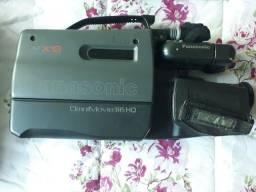 Filmadora panasonic omnimovie VHS - PV-645D/PV-A22MD