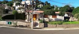 Casa de esquina a venda no Bairro Jardim Bela Vista