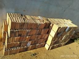 Vendo 400 tijolos 8 furos