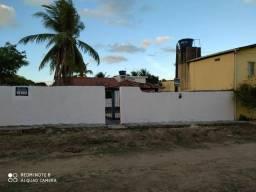 Casa + área grande a 5 min. andando da praia no melhor de  Ponta de Pedras.  !!!!