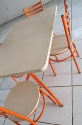 mesa com 4 cadeiras para restaurante ou lanchonete