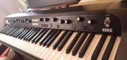 Título do anúncio: Piano Korg Sv1-73 bk