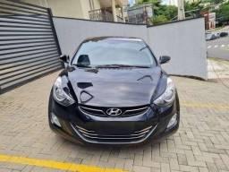 Hyundai Elantra 2012 Automático-Parcelas a partir de R$ 749,90