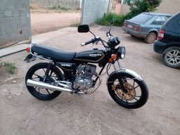 Honda ML com motor 150cc ano 81