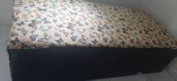 Cama de solteiro super nova foi usado apenas um mês por 350