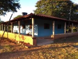 Rancho na beira do Rio São Francisco em Três Marias - MG