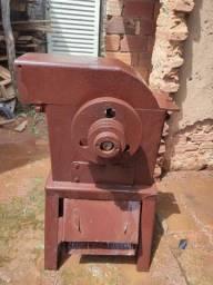 Triturador de folhagens e grão **Sem motor***