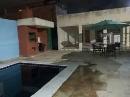 Apto Duplex 3º andar com ar-condicionado, 2 qrts, piscina, portaria, perto da UFPE