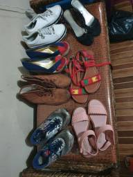 Sandalia, tenis,rasterinha bota  etc..