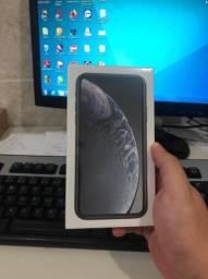 iPhone XR 128GB Preto lacrado com nota fiscal