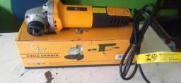 Vendo Lixadeira Esmerilhadeira 750W Nova