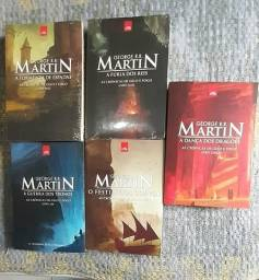 """Coleção de livros """"Game of Thrones"""" (As Crônicas De Gelo E Fogo)"""