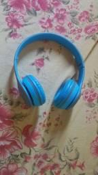 Fone de ouvido sem fio headset usado