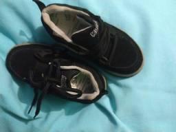 Sapato infantil tamanho 27