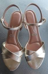 2 sandálias por 70 (Vizzano + Raphaella Booz)