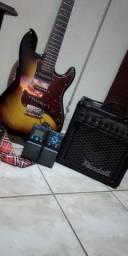 Kit Guitarra Giannini + amp Randall + pedaleira Zoom