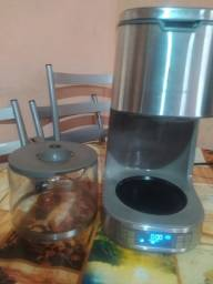 Cafeteira Electrolux semi nova