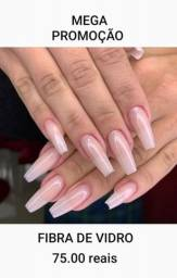 Alongamento de unhas de fibra e gel na tips