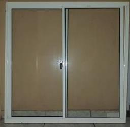 Janelas e porta