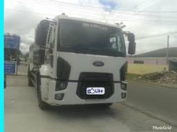 Caminhão Ford Cargo 1719 - 2014