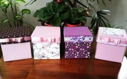 Caixa cartonagem de kit costura - Opção de presente
