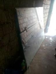 Três banda de vidro grande da para fazer porta ou janela etc